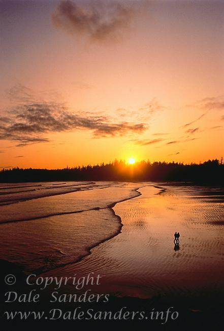 700-020522.© Dale Sanders.Pacific Rim National Park at.Sunset.British Columbia, Canada