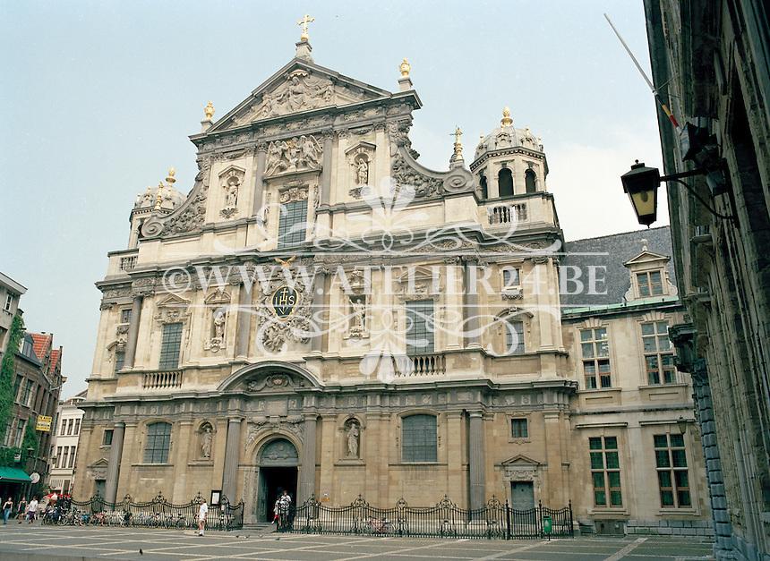 Juli 1994. Carolus Borromeuskerk in Antwerpen.