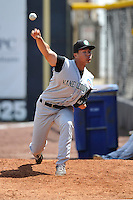 Jon-Ho Tseng #19 of the Kane County Cougars warms up in the bullpen during the game against the Clinton LumberKings at Ashford University Field on July 6, 2014 in Clinton, Iowa. The LumberKings won 1-0.   (Dennis Hubbard/Four Seam Images)
