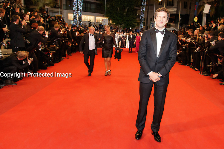 Guillaume Canet arrive sur le tapis rouge pour la projection du film 'Juste la fin du monde' lors du 69ème Festival du Film à Cannes le jeudi 19 mai 2016.