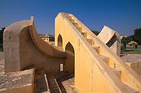 Observatorium Jantar Mantar, erbaut ca. 1730 von Jai Singh, Rajasthan, Jaipur, Indien, Unesco-Weltkulturerbe