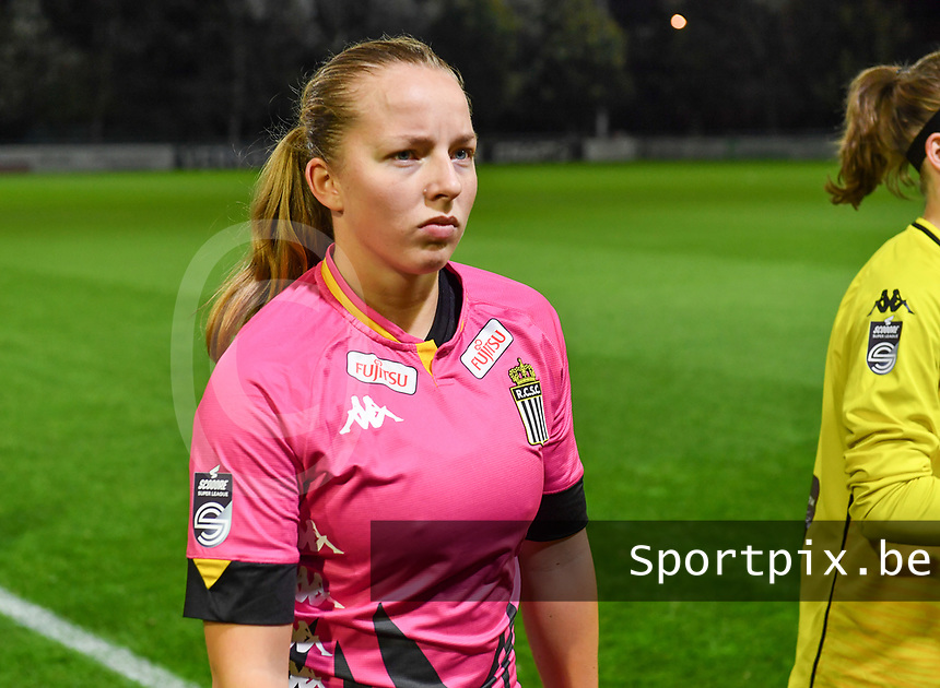 Megane Vos (20 Charleroi) pictured during a female soccer game between  AA Gent Ladies and Sporting Charleroi Feminin on the fifth matchday of the 2020 - 2021 season of Belgian Scooore Womens Super League , friday 16 th of October 2020  in Oostakker , Belgium . PHOTO SPORTPIX.BE | SPP | DAVID CATRY