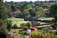 23-06-10, Tennis, England, Wimbledon, Caroline Wozniacki, Vieuw from Caroline's terrace, the practis scourts from Wimbledon calle Aorangi Park