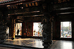 Bao-jhong Yi-min Temple, Kaohsiung -- Temple entrance.