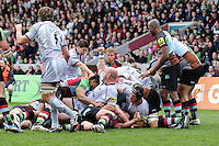 Leicester Tigers score a try during the Aviva Premiership match between Harlequins and Leicester Tigers at The Twickenham Stoop on Saturday 21st April 2012 (Photo by Rob Munro)