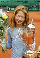 12-8-06,Den Haag, Tennis Nationale Jeugdkampioenschappen, winnaar meisjes 12 jaar, Gabriela van de Graaf