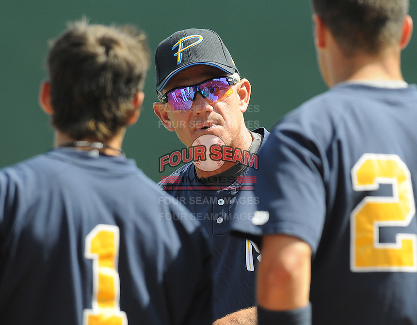 April 10, 2009: Manager Rocket Wheeler of the Myrtle Beach Pelicans, Class A affiliate of the Atlanta Braves, prior to a game against the Wilmington Blue Rocks at BB&T Coastal Field in Myrtle Beach, S.C. Photo by:  Tom Priddy/Four Seam Images