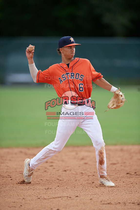 Jordan Carrion (6) during the WWBA World Championship at the Roger Dean Complex on October 12, 2019 in Jupiter, Florida.  Jordan Carrion attends American Heritage High School in Miami, FL and is committed to Florida.  (Mike Janes/Four Seam Images)