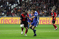 Ioannis Amanatidis (Eintracht Frankfurt) gegen Alexander Iashvili (Karlsruher SC)