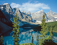 Classic view of Moraine Lake and the Valley of the Ten Peaks, Banff National Park, Alberta, Canada