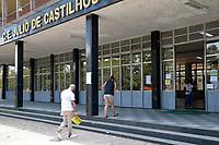 PORTO ALEGRE, RS, 23/01/2021 - PROVA - ENEM 2021 - Movimentação dos candidatos durante a realização da segunda prova do ENEM 2021, no Colégio Estadual Julio de Castilhos, em Porto Alegre, neste domingo (24)