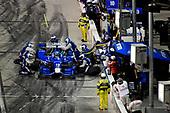 Verizon IndyCar Series<br /> Desert Diamond West Valley Phoenix Grand Prix<br /> Phoenix Raceway, Avondale, AZ USA<br /> Saturday 29 April 2017<br /> Tony Kanaan, Chip Ganassi Racing Teams Honda pit stop<br /> World Copyright: Scott R LePage<br /> LAT Images