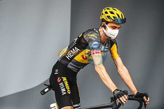 Sepp Kuss (USA) Team Jumbo-Visma at sign on before the start of Stage 8 of the 2021 Tour de France, running 150.8km from Oyonnax to Le Grand-Bornand, France. 3rd July 2021.  <br /> Picture: A.S.O./Charly Lopez | Cyclefile<br /> <br /> All photos usage must carry mandatory copyright credit (© Cyclefile | A.S.O./Charly Lopez)