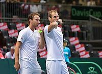 Switserland, Genève, September 19, 2015, Tennis,   Davis Cup, Switserland-Netherlands, Doubles:  Dutch team Thiemo de Bakker/Matwe Middelkoop (L)<br /> Photo: Tennisimages/Henk Koster