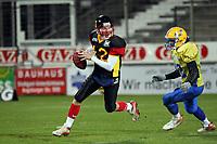 QB Jo Ullrich (D)<br /> Länderspiel Deutschland vs. Schweden<br /> *** Local Caption *** Foto ist honorarpflichtig! zzgl. gesetzl. MwSt. Auf Anfrage in hoeherer Qualitaet/Aufloesung. Belegexemplar an: Marc Schueler, Am Ziegelfalltor 4, 64625 Bensheim, Tel. +49 (0) 151 11 65 49 88, www.gameday-mediaservices.de. Email: marc.schueler@gameday-mediaservices.de, Bankverbindung: Volksbank Bergstrasse, Kto.: 151297, BLZ: 50960101