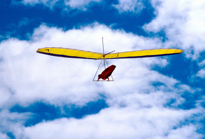 Young flyer hang gliding near the University of California at San Diego gliderport. La Jolla, California.