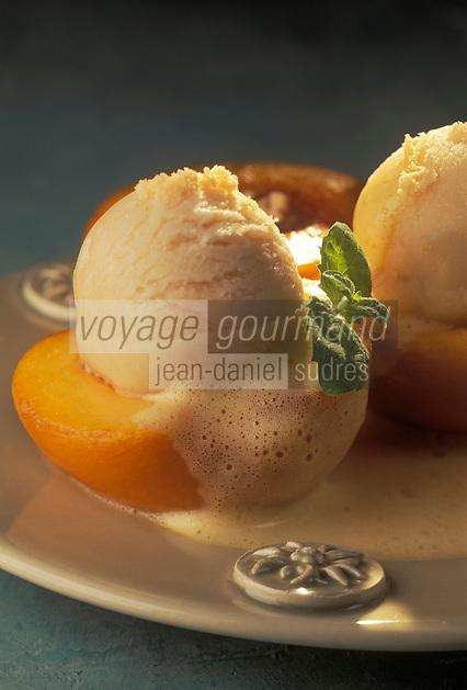 Gastronomie/Dessert:Pèche cuite - Glace aux péches