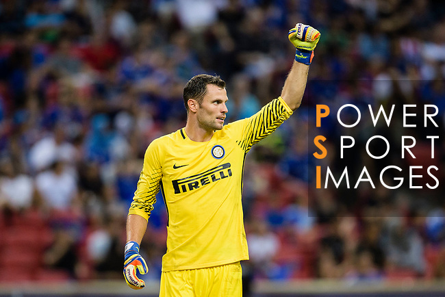 FC Internazionale Goalkeeper Daniele Padelli celebrates during the International Champions Cup 2017 match between FC Internazionale and Chelsea FC on July 29, 2017 in Singapore. Photo by Weixiang Lim / Power Sport Images