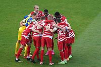 Mannschaft der Wuerzburger Kickers schwoert sich auf das Spiel ein <br /> - 19.12.2020: Fussball 2. Bundesliga, Saison 20/21, Spieltag 13, SV Darmstadt 98 - Wuerzburger Kickers, Stadion am Boellenfalltor, emonline, emspor, <br /> <br /> Foto: Marc Schueler/Sportpics.de<br /> Nur für journalistische Zwecke. Only for editorial use. (DFL/DFB REGULATIONS PROHIBIT ANY USE OF PHOTOGRAPHS as IMAGE SEQUENCES and/or QUASI-VIDEO)
