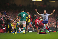 Pictured: Dan Biggar of Wales in action during the Guinness six nations match between Wales and Ireland at the Principality Stadium, Cardiff, Wales, UK.<br /> Saturday 16 March 2019