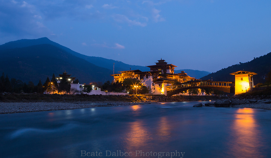 Evening at the Punakha Dzong,Bhutan