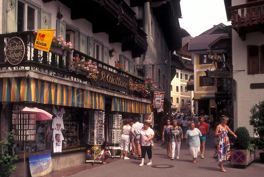 Austria, St. Wolfgang, Salzkammergut, Oberosterreich, Shops in the resort town of Saint Wolfgang.