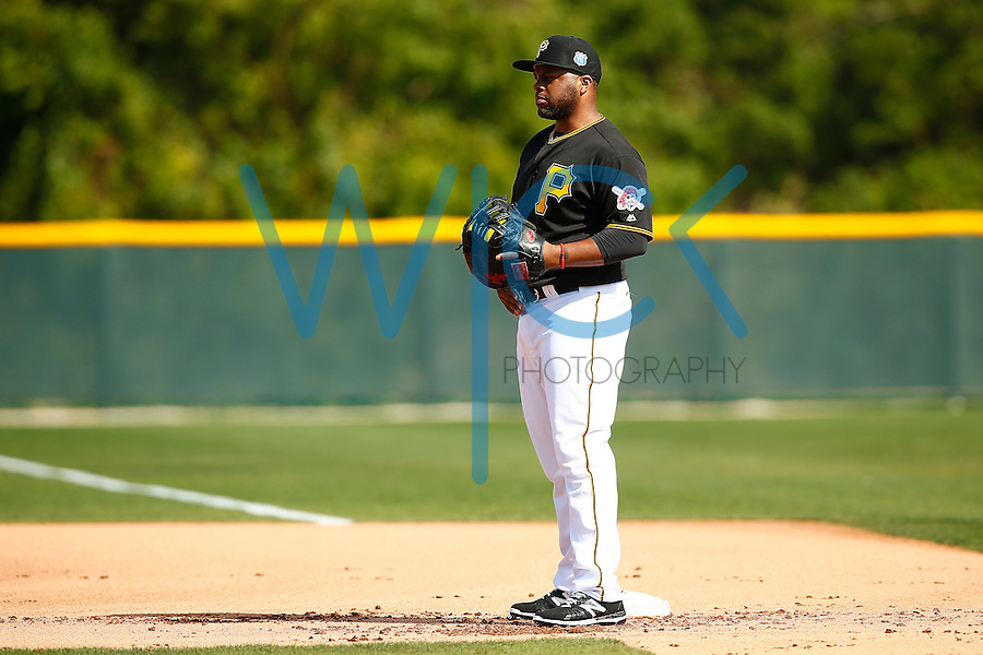 Jason Rogers #15 of the Pittsburgh Pirates works out during spring training at Pirate City in Bradenton, Florida on February 23, 2016. (Photo by Jared Wickerham / DKPS)