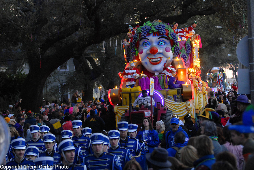 The super-krewe Bacchus rolls in New Orleans, Sunday, Feb. 18, 2007.