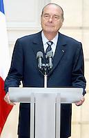 Le president Francais JACQUES CHIRAC . Reunion Franco - Allemande au palais de l'Elysee. #