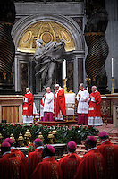 Statue St Peter Basilica St Peter at the Vatican, mess Pope Francis Solemnity of St Peter and Paul in St. Peter Basilica at the Vatican.June 29, 2015.