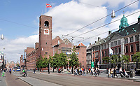 Nederland Amsterdam- 2020. Damrak / Beursplein. Beursplein 5 en de Beurs van Berlage.  Foto Berlinda van Dam / ANP / Hollandse Hoogte