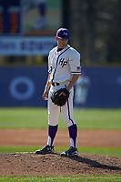 High Point Panthers relief pitcher Rion Murrah (29) looks to his catcher for the sign against the NJIT Highlanders at Williard Stadium on February 19, 2017 in High Point, North Carolina. The Panthers defeated the Highlanders 6-5. (Brian Westerholt/Four Seam Images)