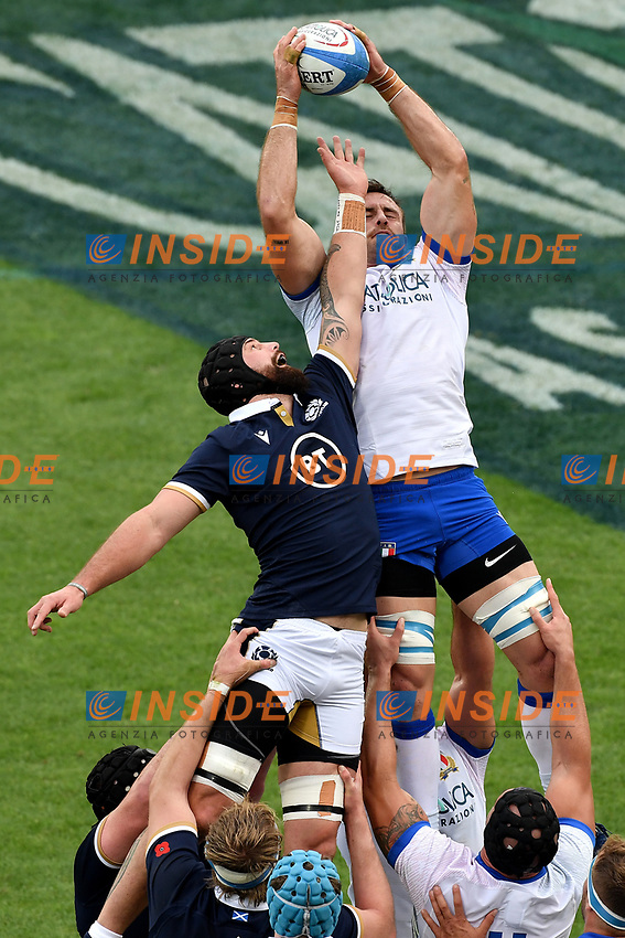 Blade Thomson of Scotland and Braam Steyn of Italy during the rugby Autumn Nations Cup's match between Italy and Scotland at Stadio Artemio Franchi on November 14, 2020 in Florence, Italy. Photo Andrea Staccioli / Insidefoto