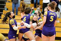 DeForest vs Waunakee Wisconsin High School Volleyball Regional Championship 4/10/21