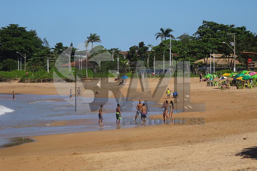 SERRA, ES, 12.05.2019 - PRAIA-ES - Movimentação na Praia de Manguinhos, no município da Serra, Espírito Santo, neste domingo, 12. ( Foto Charles Sholl/Brazil Photo Press/Folhapress)