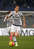 Calcio, quarti di finale di Coppa Italia: Lazio vs Juventus. Roma, stadio Olimpico, 20 gennaio 2016.<br /> Juventus' Stephan Lichsteiner in action during the Italian Cup quarter final football match between Lazio and Juventus at Rome's Olympic stadium, 20 January 2016.<br /> UPDATE IMAGES PRESS/Isabella Bonotto