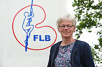FIERLJEPPEN: FLB voorzitter Etty Kramer-Spriensma, ©foto Martin de Jong
