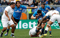 Rugby, Torneo delle Sei Nazioni: Italia vs Inghilterra. Roma, 14 febbraio 2016.<br /> Italy's Alessandro Zanni, right, is challenged by England's George Kruis, bottom, and Courtney Lawes, during the Six Nations rugby union international match between Italy and England at Rome's Olympic stadium, 14 February 2016.<br /> UPDATE IMAGES PRESS/Riccardo De Luca