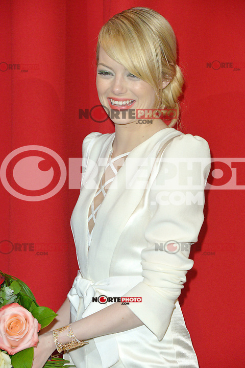 Emma Stone (wearing an Andrew Gn dress) attending the Germany premiere of the movie The Amazing Spider-Man at CineStar Sony Center in Berlin. Berlin, 20.06.2012...Credit: Timm/face to face /MediaPunch Inc. ***Online Only for USA Weekly Print Magazines*** NORTEPOTO.COM<br /> **SOLO*VENTA*EN*MEXICO**<br /> **CREDITO*OBLIGATORIO** <br /> *No*Venta*A*Terceros*