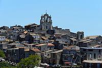 Blick auf Mussomeli, Sizilien, Italien