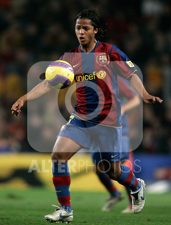 FC Barcelona's Giovani Dos Santos during the Spanish King's Cup match between FC Barcelona and Sevilla at Nou Camp Stadium in Barcelona, January 15 2008. (ALTERPHOTOS/Acero).