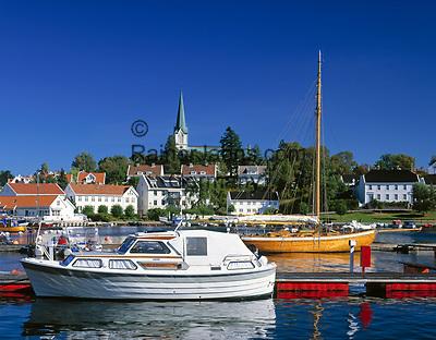 Norwegen, Aust Agder, Lillesand an der Sonnenkueste Suednorwegens   Norway, Aust Agder, Lillesand at South Norways Sunshine Coast