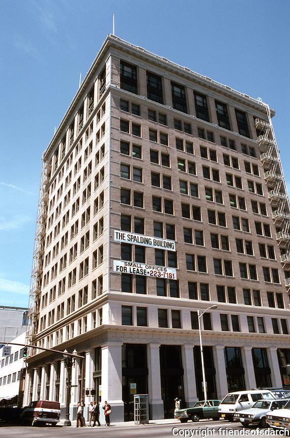 Portland: Spalding Building, 1911. Cass Gilbert. Across Washington from Dekum, NW corner 3rd & Washington. Photo '86.