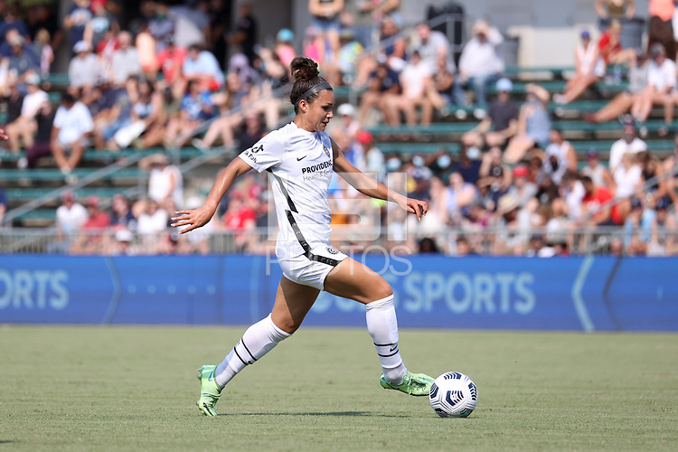 CARY, NC - SEPTEMBER 12: Sophia Smith #9 of the Portland Thorns FC plays the ball during a game between Portland Thorns FC and North Carolina Courage at Sahlen's Stadium at WakeMed Soccer Park on September 12, 2021 in Cary, North Carolina.