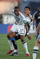 Rodney Wallace (22) and Ramon Sanchez (right). The San Jose Earthquakes tied DC United 2-2 at Buck Shaw Stadium in Santa Clara, California on July 25, 2009.