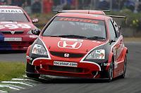 Round 9 of the 2002 British Touring Car Championship. #28 Andy Priaulx (GBR). Honda Racing. Honda Civic Type-R.