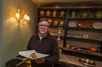 Europe/France/Midi-Pyrénées/32/Gers/Gimont: Pierre Dubarry dans son Hôtel-Restaurant: Villa Cahuzac [Non destiné à un usage publicitaire - Not intended for an advertising use]