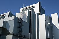 Germany, Hamburg, Vattenfall coal power station Moorburg, switched off in july 2021 as part of german coal exit / DEUTSCHLAND, Hamburg, Vattenfall Kohlekraftwerk Moorburg, in Betriebnahme 2015, letzter Betrieb vor endgültiger Abschaltung im Juli 2021, Maschinenhaus