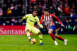 Santiago Arias of Atletico de Madrid (R) in action against Malcom de Oliveira of FC Barcelona (L) during the La Liga 2018-19 match between Atletico Madrid and FC Barcelona at Wanda Metropolitano on November 24 2018 in Madrid, Spain. Photo by Diego Souto / Power Sport Images