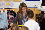 MADRID (26/04/2010).- Princess Letizia of Spain visits the Joaquin Blume school in Torrejon de Ardoz...Photo: Cesar Cebolla / ALFAQUI